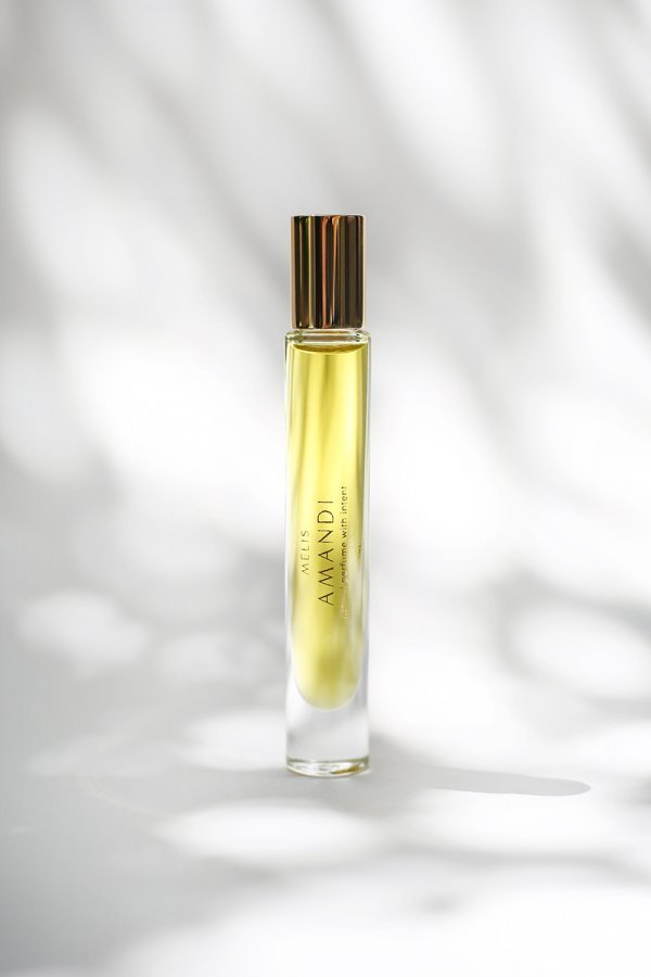 Amandi MELIS 100% natural perfume vegan friendly